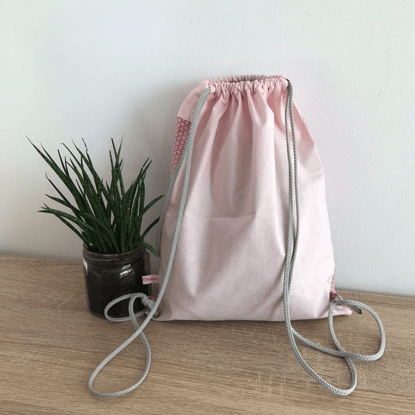 sac à dos lapin pour l'école ou la crèche